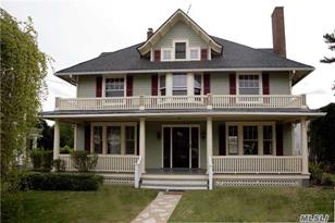 9 Berry Hill Rd - Photo 1
