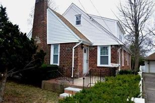 904 Wallace Ave - Photo 1