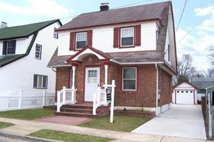 14 Davison Ave - Photo 1