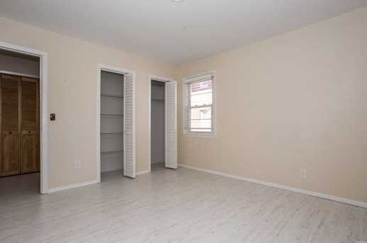 215 W Broadway #M1 - Photo 10