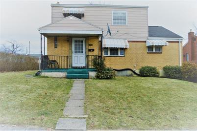 390 Roosevelt Ave - Photo 1