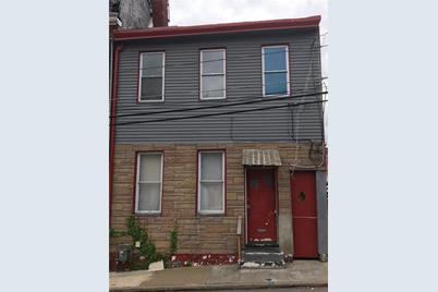 813 Spring Garden Ave - Photo 1