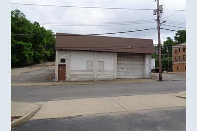1204 5th Ave - Photo 1