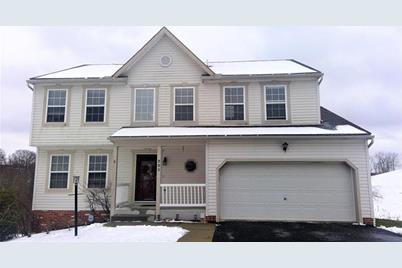 223 Redfield Dr - Photo 1
