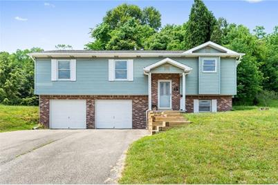 1053 New London Dr - Photo 1