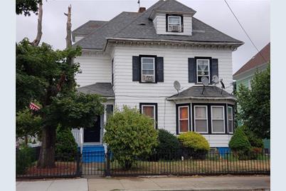 212 Webster Avenue - Photo 1