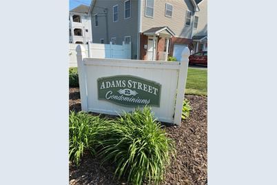 2 Adams Lane #C - Photo 1