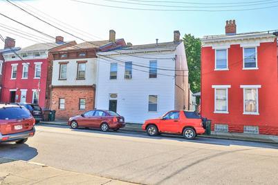 230 E 8th Street - Photo 1