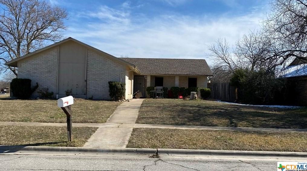 2402 Botanical Dr, Killeen, TX 76542
