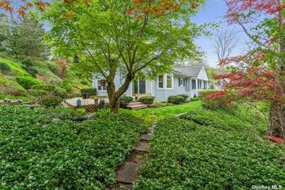 26 Cold Spring Hills Road - Photo 1