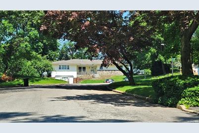 32 Ridge Drive - Photo 1