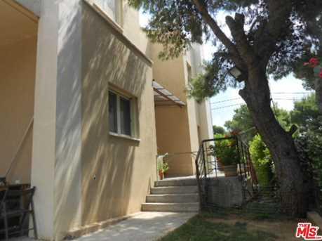 22 Agiou Antoniou Varibopi Athens Greece - Photo 4
