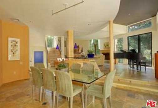 3275 Mandeville Canyon Rd - Photo 4