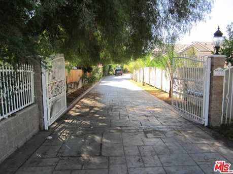 17632 Parthenia St - Photo 2