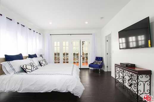 2037 Holly Hill Terrace - Photo 24