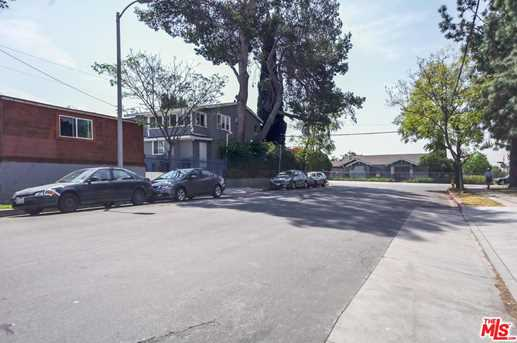 4917 Melrose Ave - Photo 2