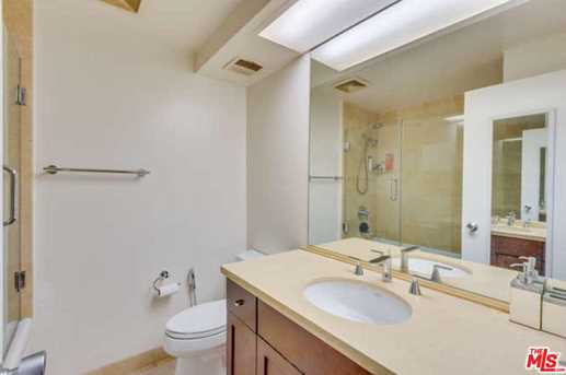 818 N Doheny Dr #205 - Photo 14