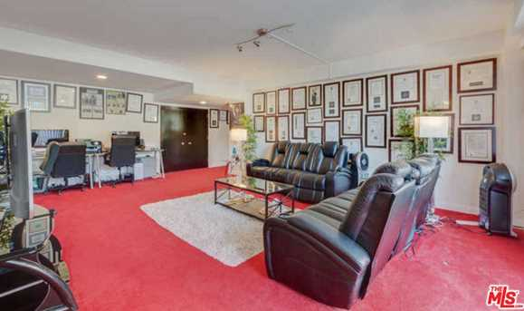 818 N Doheny Dr #205 - Photo 6