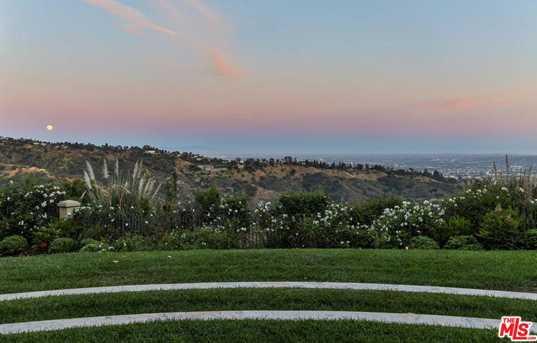 10 Beverly Park - Photo 20