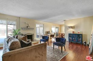 12207 Mulberry Ave - Photo 1
