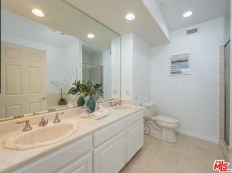 1872 Midvale Ave #205 - Photo 14