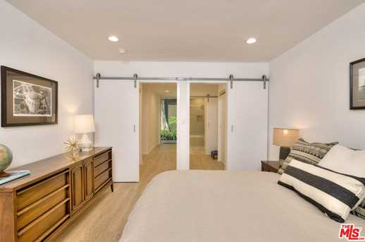 11910 Mayfield Ave #102 - Photo 18