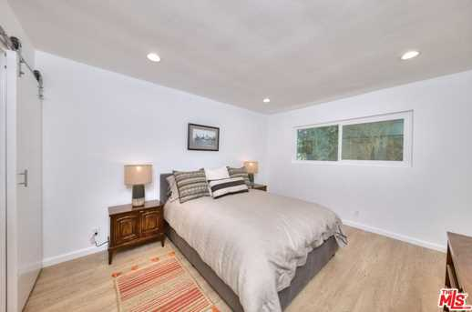11910 Mayfield Ave #102 - Photo 14