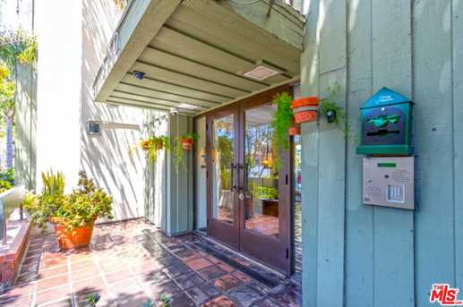 320 S Ardmore Ave #326 - Photo 4