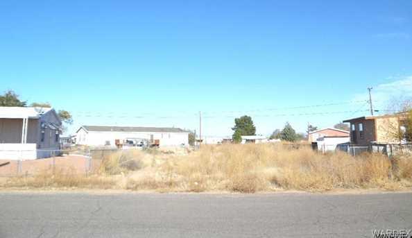 3301 E Hearne Avenue - Photo 2