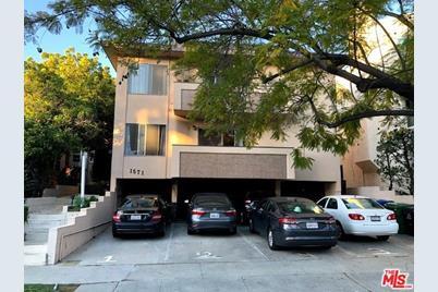 1571 Manning Avenue - Photo 1