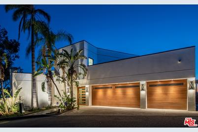 2287 Sunset Plaza Drive - Photo 1