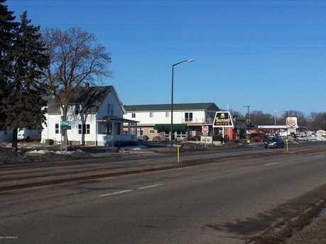 1515 Lakeshore Drive - Photo 2