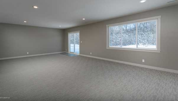 1916 Spruce Meadows Drive SE - Photo 18