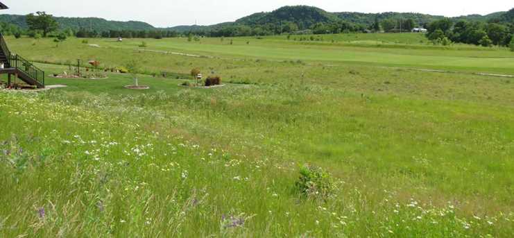 813 Hidden Meadow Ln - Photo 2