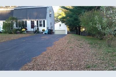 17 Applewood Drive - Photo 1