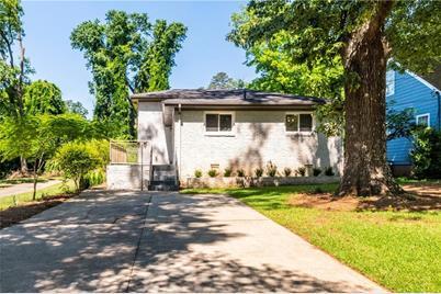 439 Ashburton Avenue SE - Photo 1