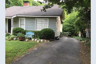 920 Greenwood Avenue NE #C - Photo 1