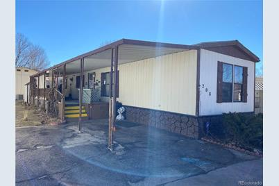 8201 S Santa Fe Drive - Photo 1