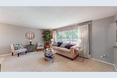 5882 W Maplewood Drive - Photo 1