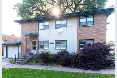4032 Van Buren Street NE - Photo 1