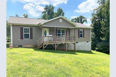 4486 Rocky Rd Lenoir Nc 28645 Mls 3665487 Coldwell Banker