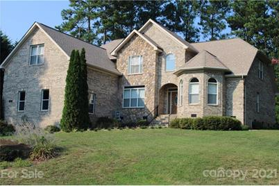 154 Indian Trail - Photo 1