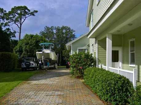 3330 SW Saint Lucie Shores Dr - Photo 12