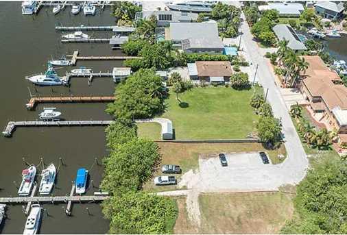 4642 SE Boatyard Avenue - Photo 18