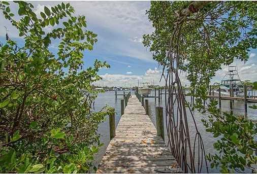 4642 SE Boatyard Avenue - Photo 2