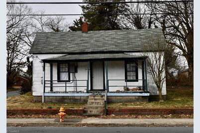 1700 Thurmond Street - Photo 1