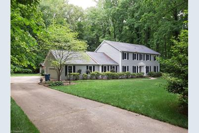 105 Crest Hill Road - Photo 1