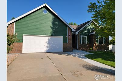 603 62nd Ave Ct - Photo 1