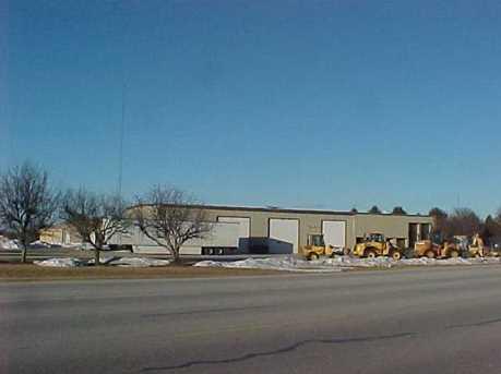 601 E Main St - Photo 1