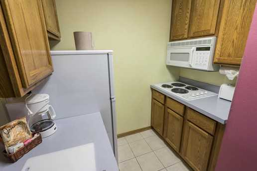 111  Center St #431 - Photo 4